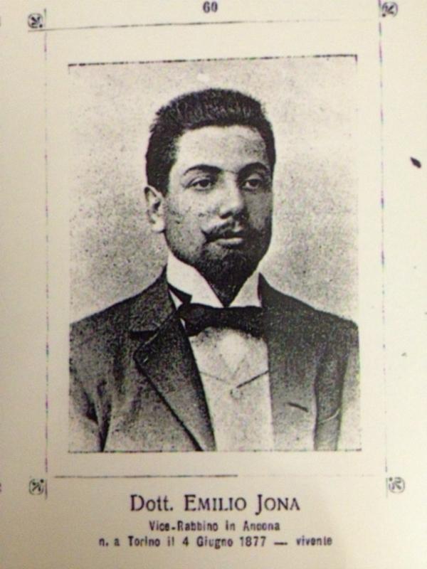 Emilio Jona
