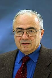 Roberto Bonfil